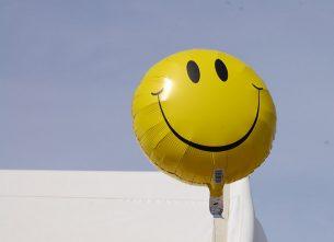 smile balloon Dental Care Center